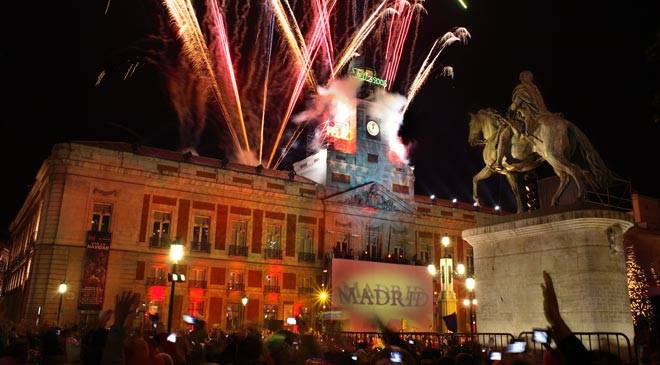 Puerta-del-Sol-new-year-celebratiosn-in-Madrid